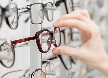 Eye Wear Styling Consultation